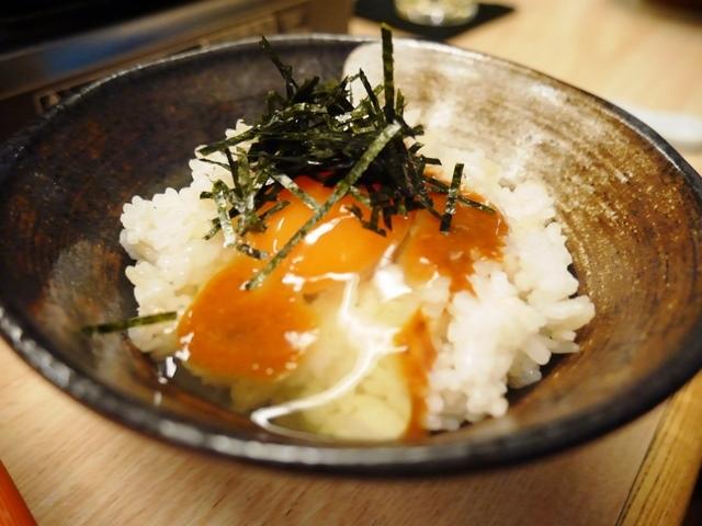 相撲茶屋長州場所さんの絶品雲丹醤油たまごかけご飯だ